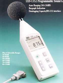 TES-1352 可程式噪音計