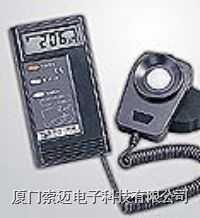 TES-1332A數字式照度計/光照計/紫外照度計