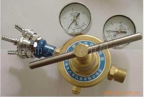 大流量多路连接氧气减压器--YQY-754型