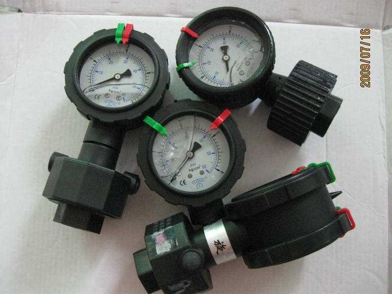 YM-60--全PP耐酸碱、耐腐蚀隔膜压力表