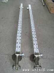 UFZ-1225磁翻板液位计
